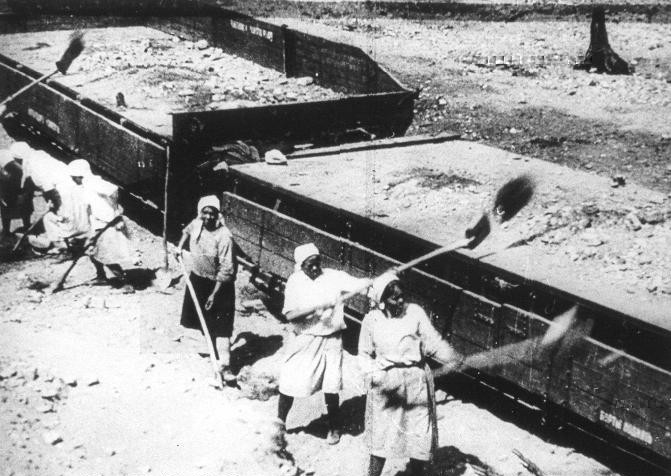 Женщины-заключенные в лагерях ГУЛАГа
