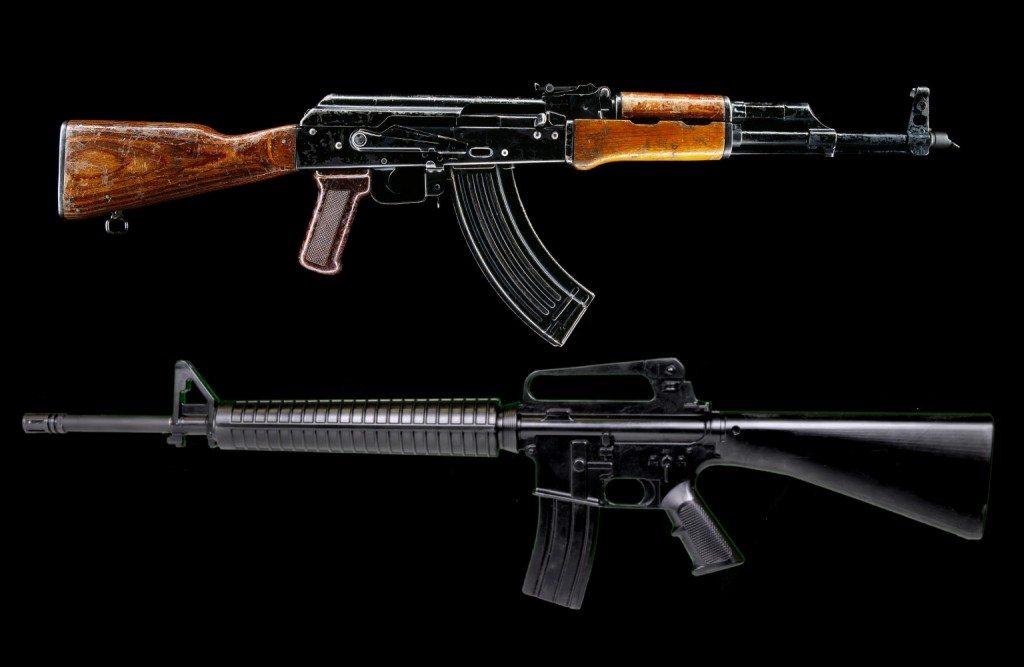 АК-74 и М-16