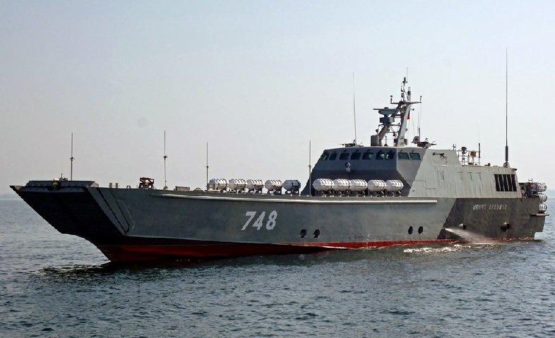 Десантный катер проекта 21820