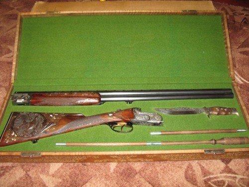 Разобранная винтовка в футляре