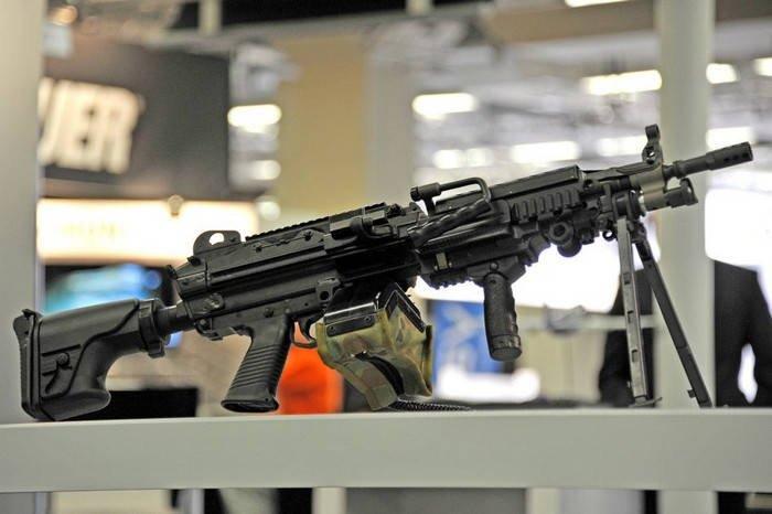 Ручной пулемет производства западных стран
