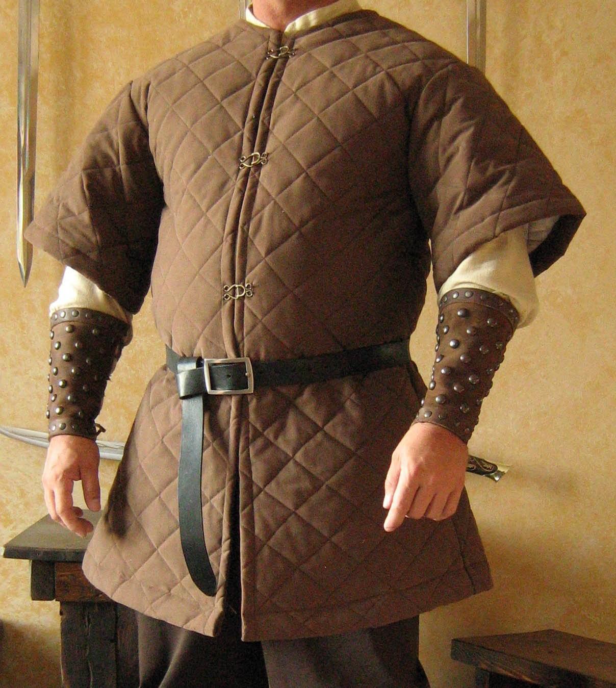 Стеганый доспех раннего Средневековья