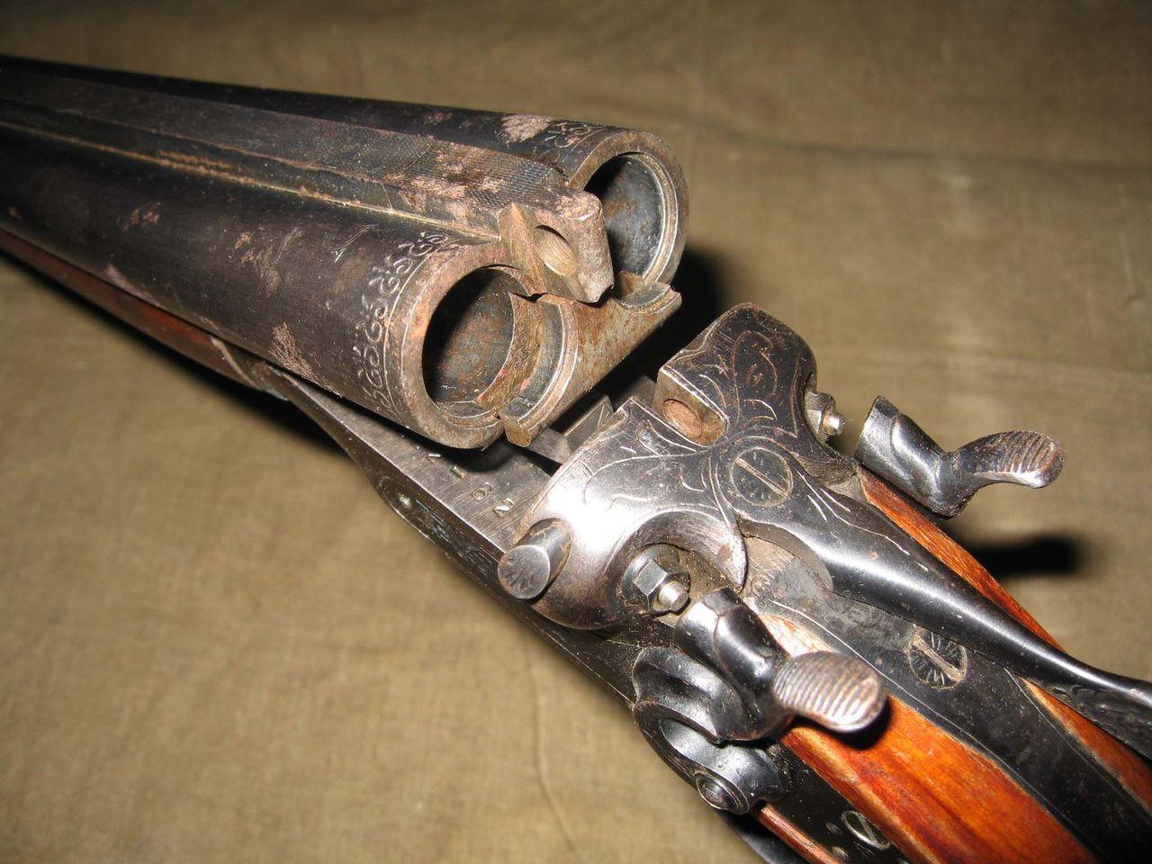 Двуствольное ружье 12 калибра
