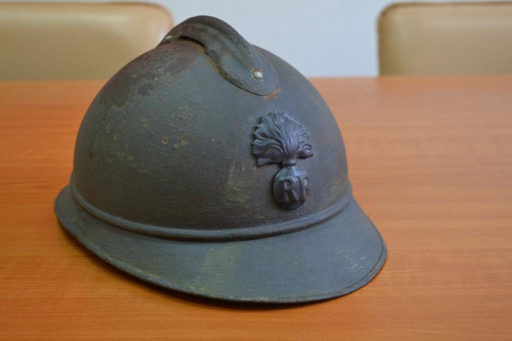 Французский боевой шлем