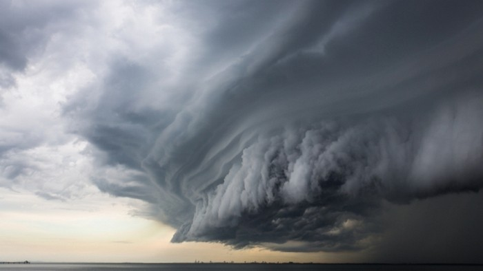 Ураган над Бермудским треугольником
