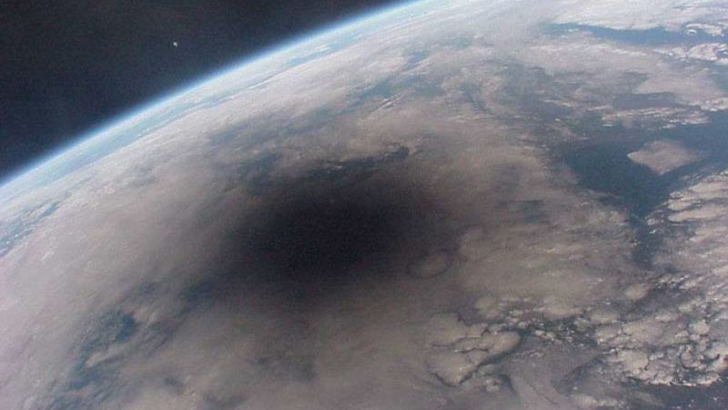 Озоновая дыра