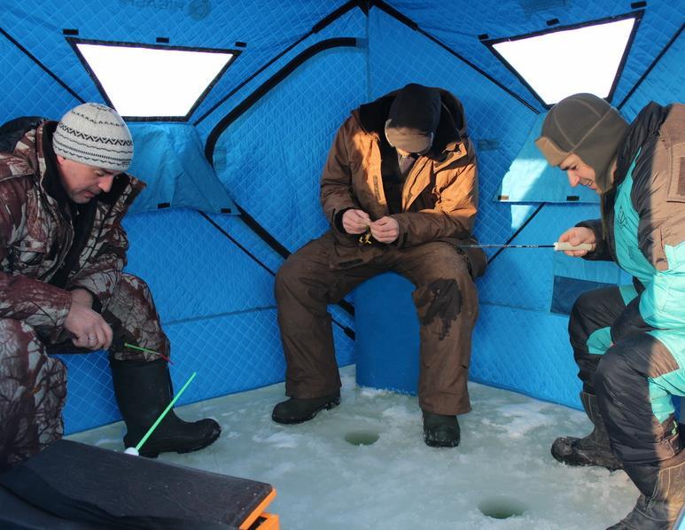 Рыбалка в палатке