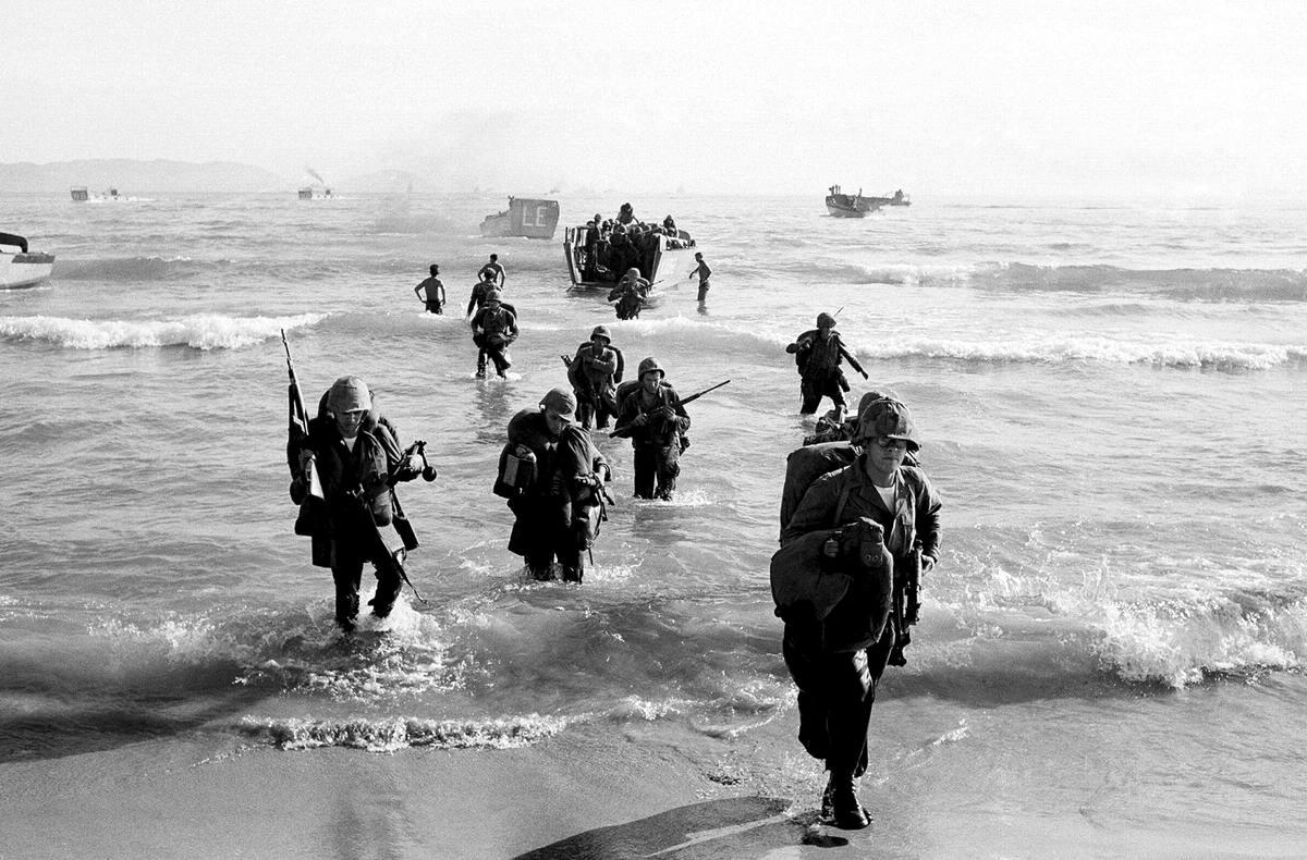 Высадка американских войск во Вьетнаме