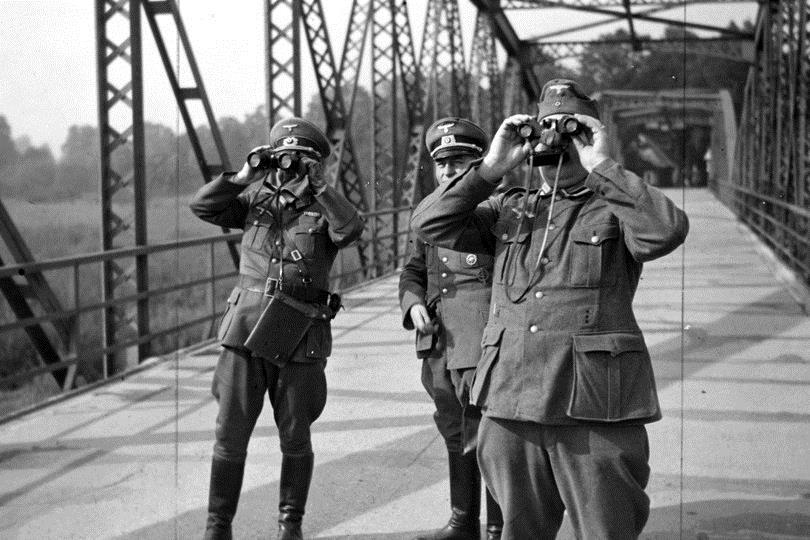 Немцы на мосту