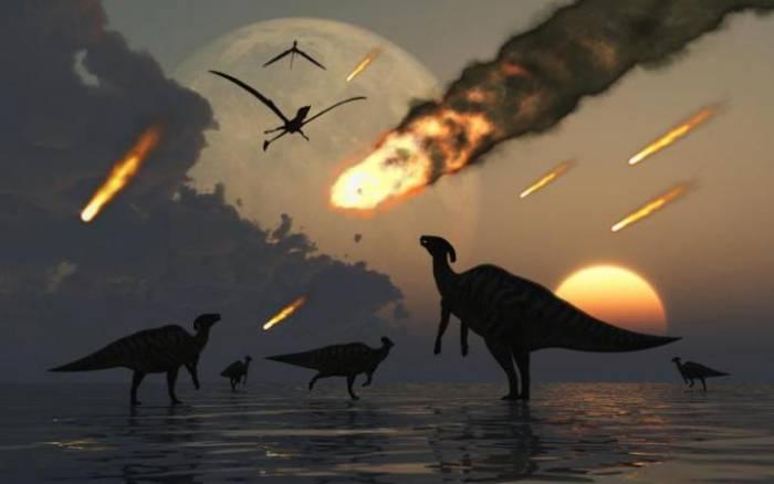 Падение метеорита, динозавры