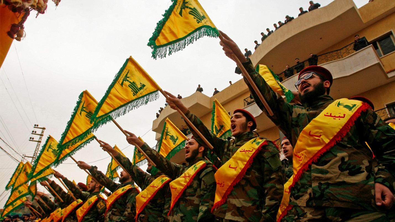 Парад бойцов Хезболлы