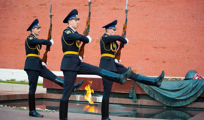http://militaryarms.ru/wp-content/uploads/2017/08/vechnyj-ogon.jpg