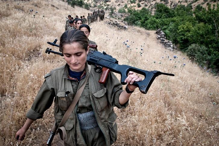 Женщины с оружием