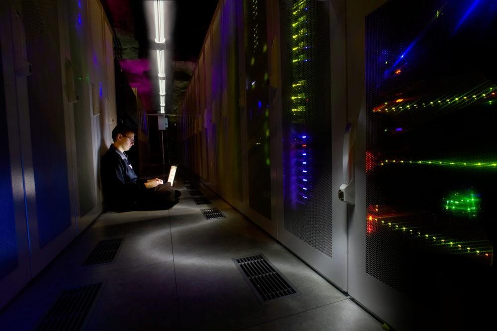 Аппаратура бункера Wikileaks