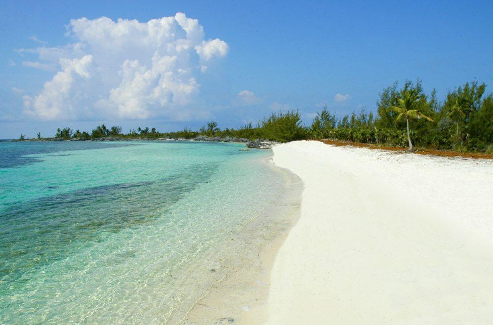 Пляж Bird Cay Island
