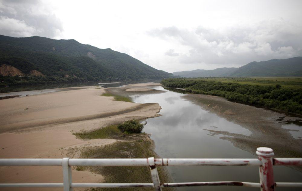 Река Тюмень, вид с моста