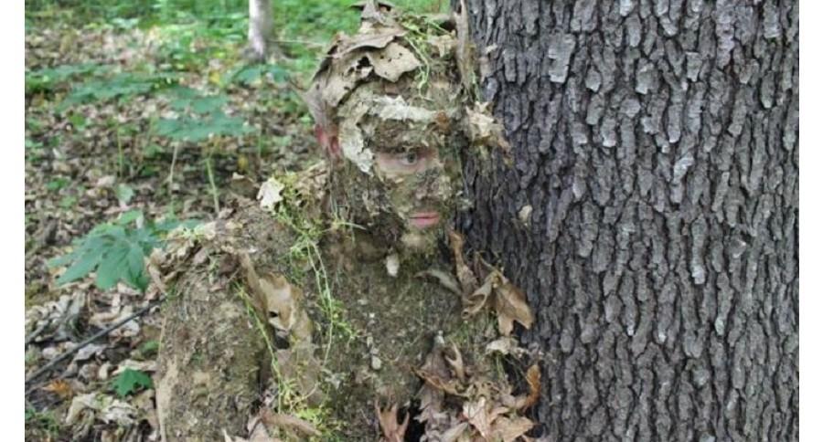 Замаскированный солдат