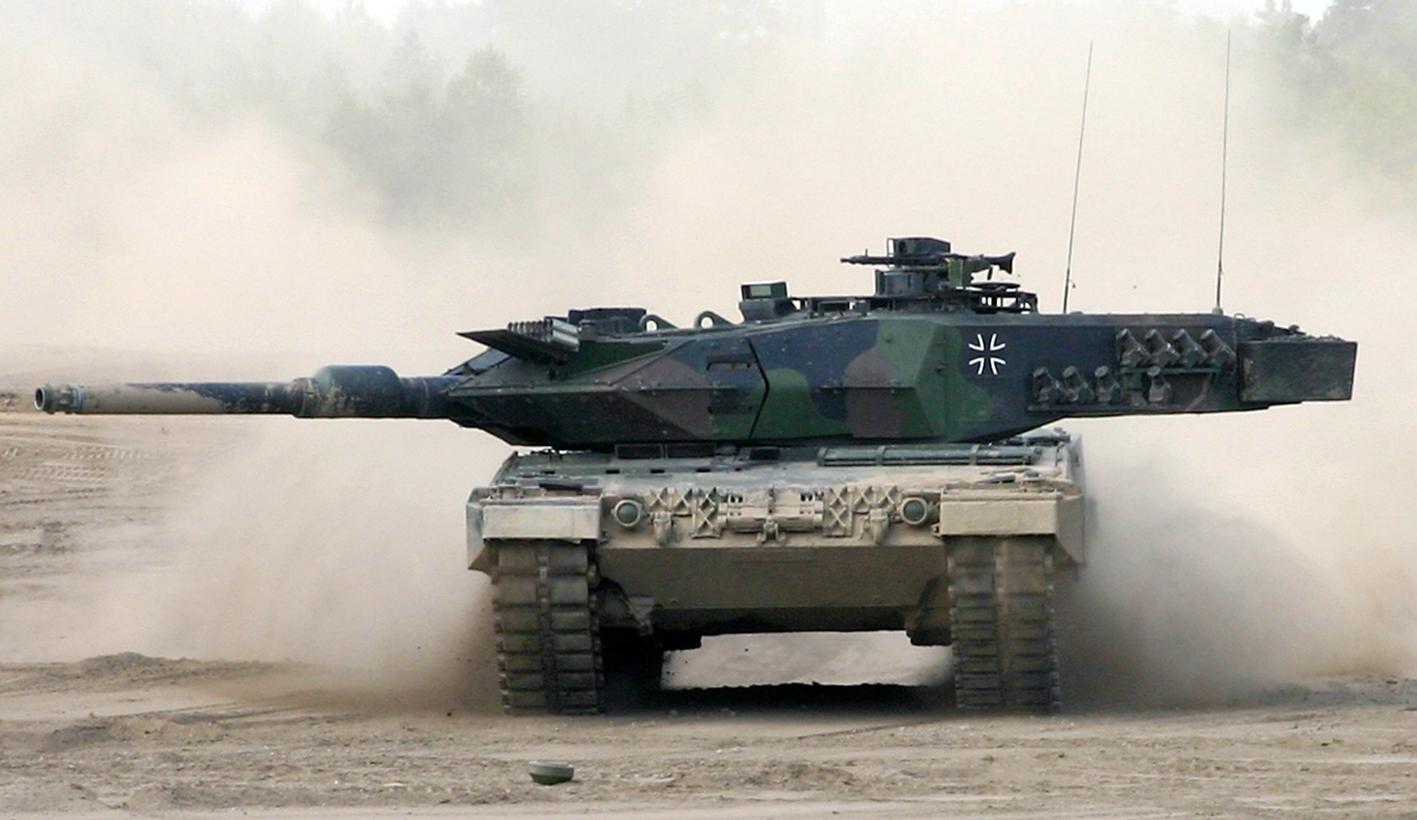 Leopard 2A7V на полигоне