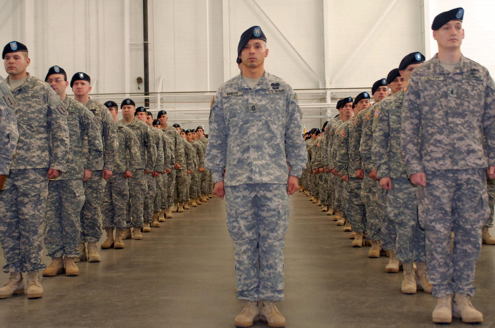 Строй американских солдат