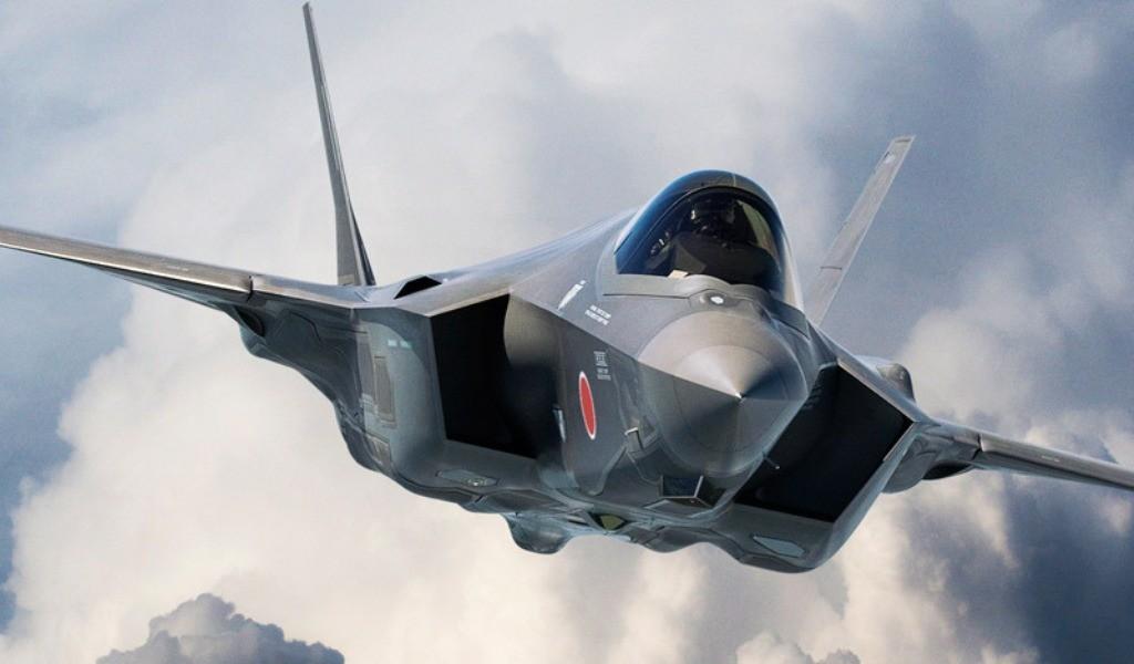 F-35 в облаках