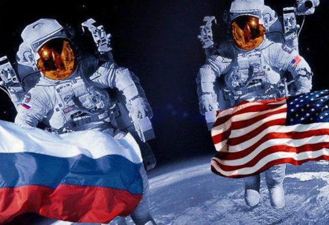 Космонавты России и США
