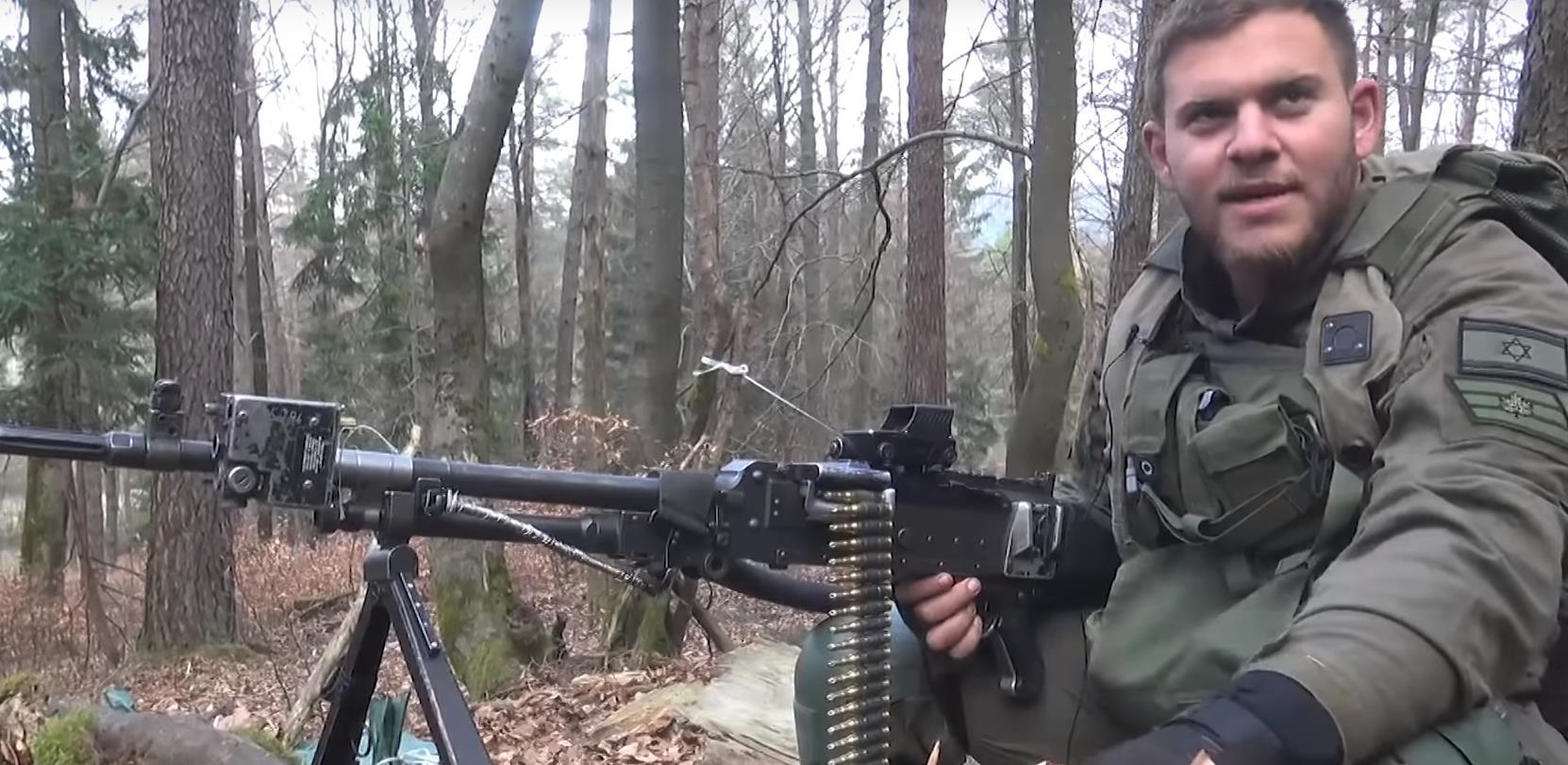 Израильский пулеметчик