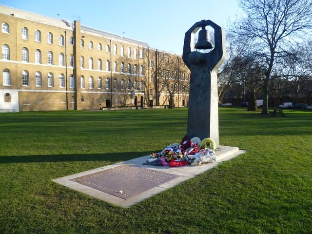 Памятник в Великобритании