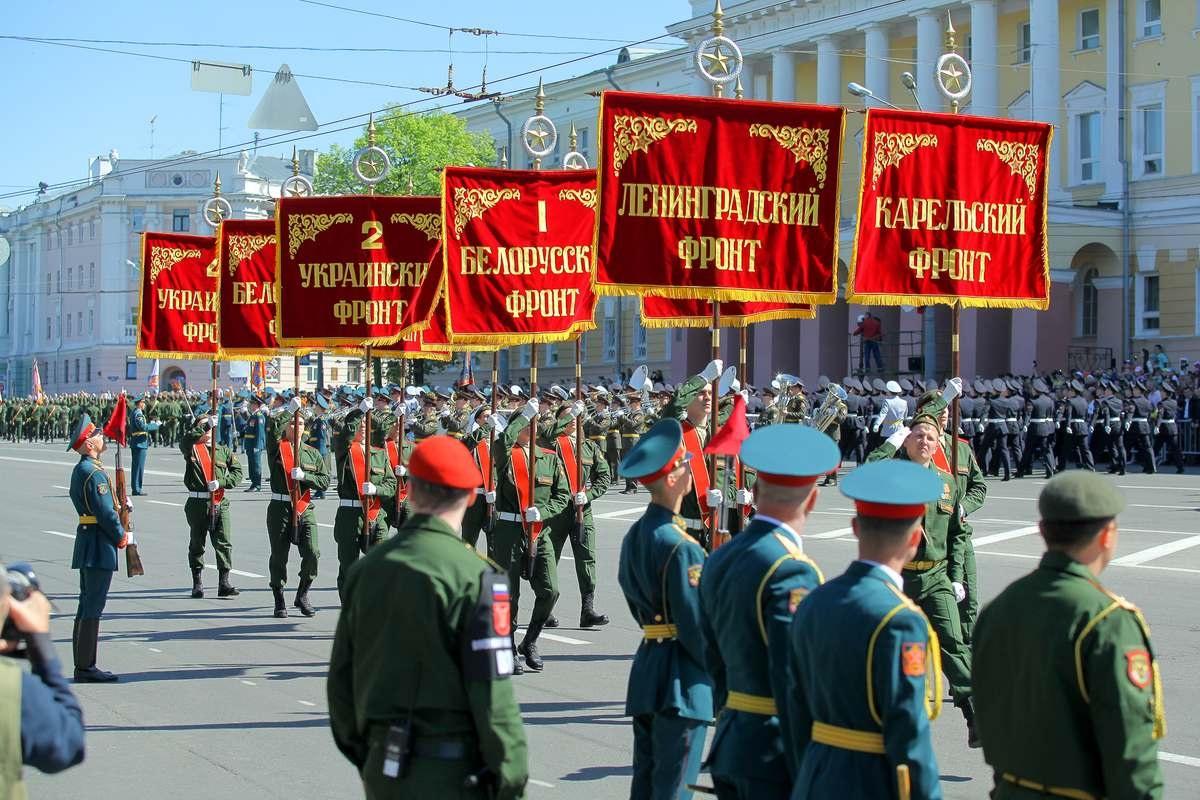 Парад в Нижнем Новгороде