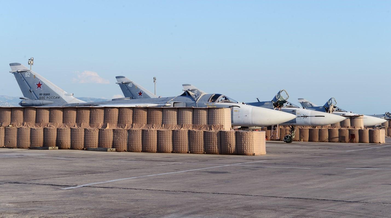 Самолеты на авиабазе в Хмеймиме
