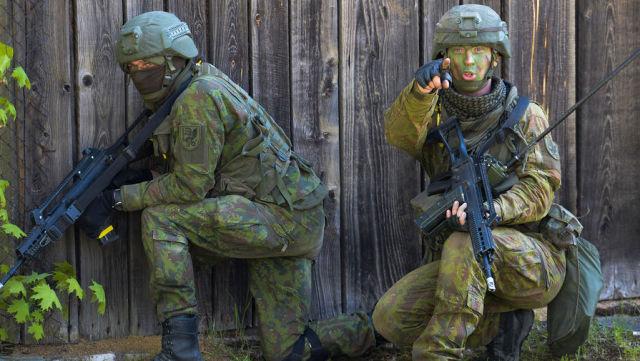 Солдаты НАТО на учениях