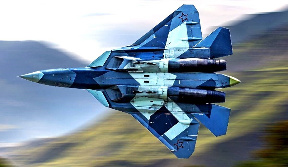 СУ-57 летит к цели