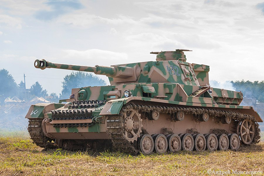 Угнанный танк ПЗ 4