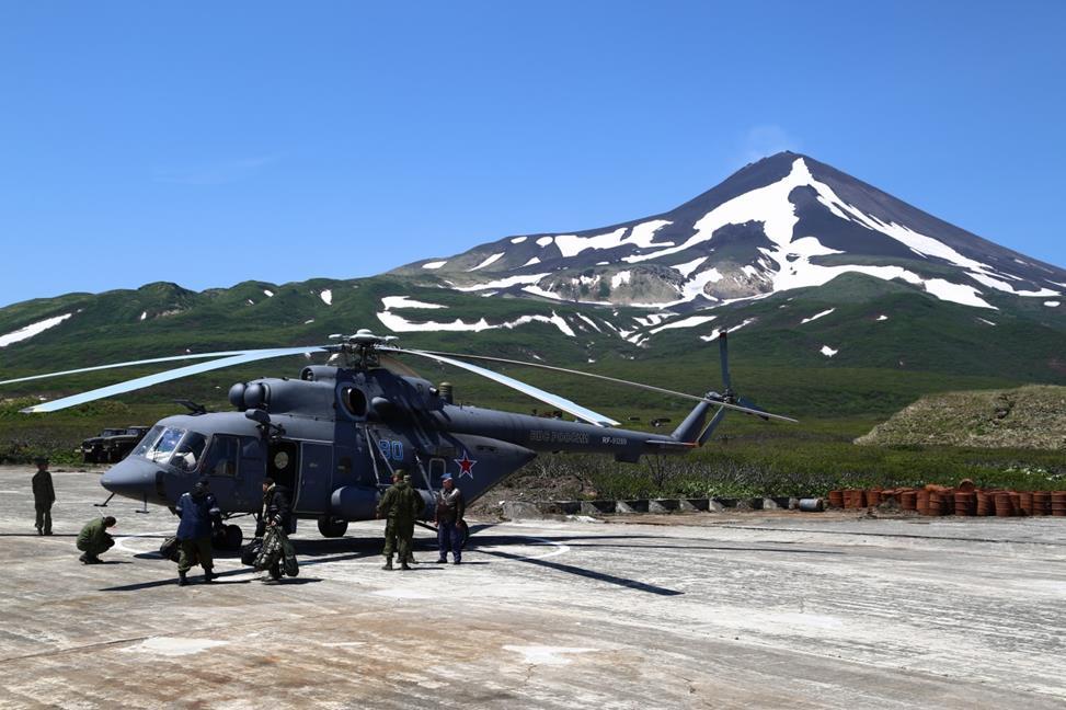 Вертолет на Матуа