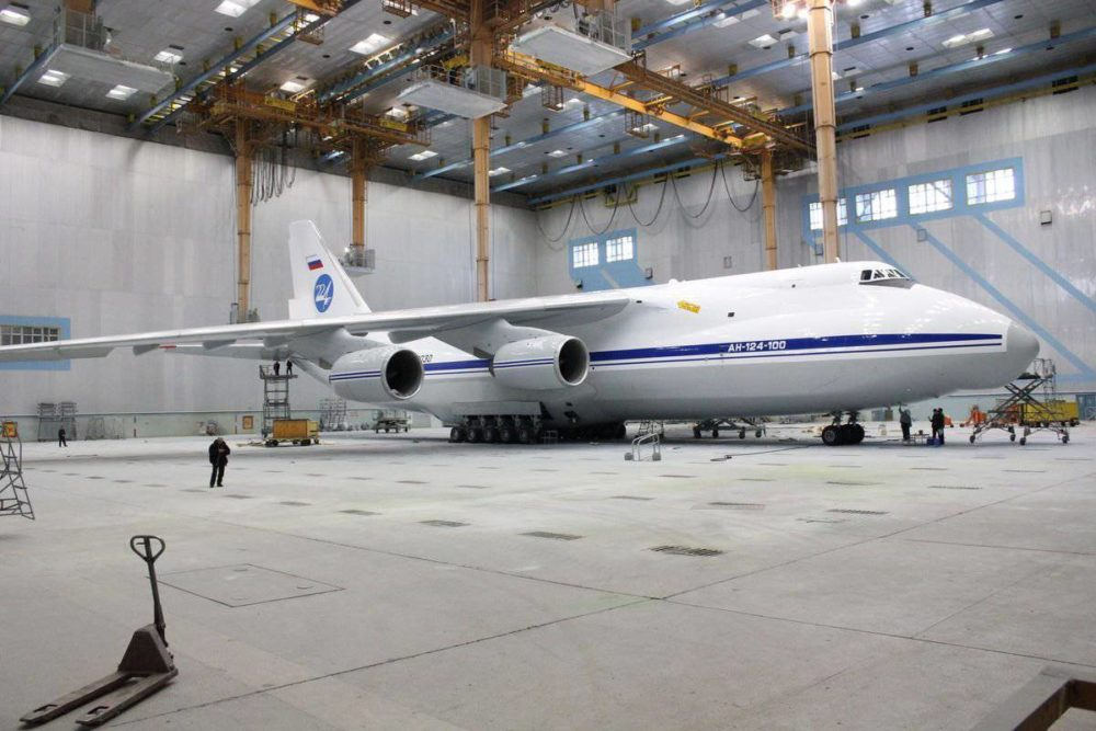Ан-124 на заводе