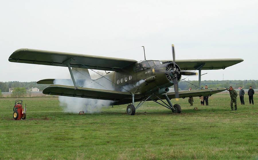 Ан-2 на земле