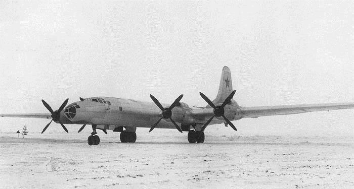Бомбардировщик Ту-85
