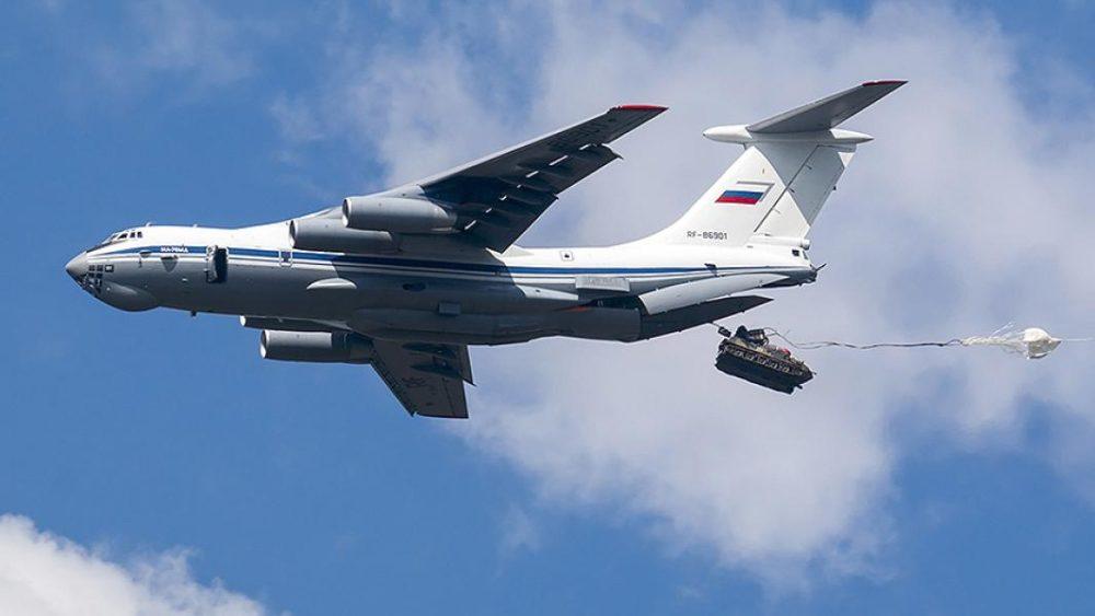 Десантирование техники с Ил-76