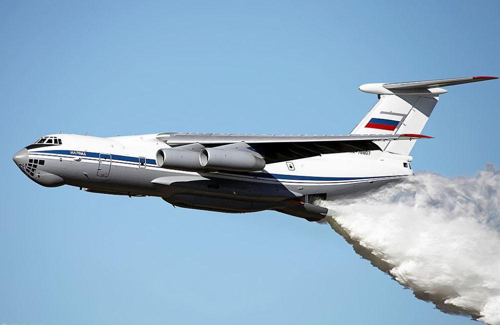 Ил-76 при тушении пожара