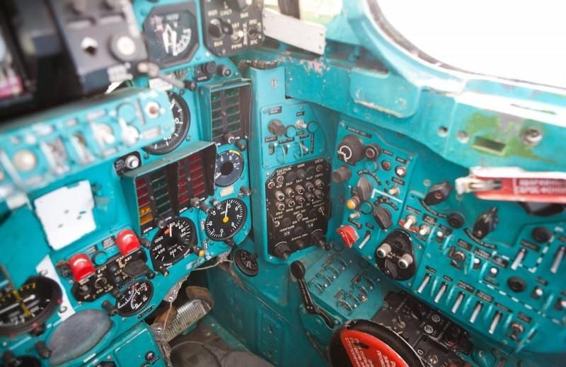 Кабина МиГ-23П