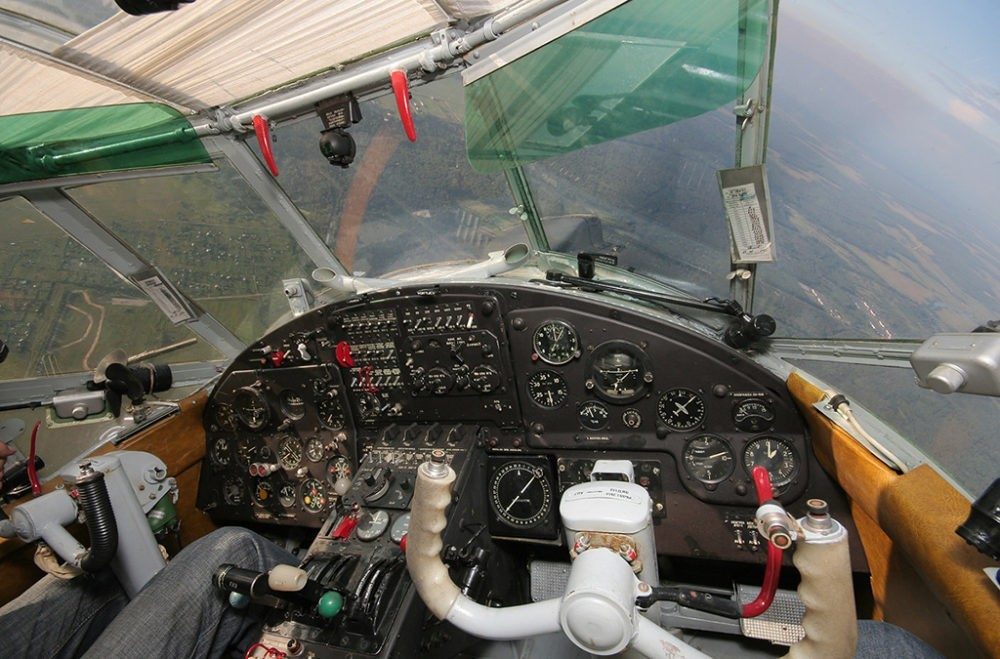 Кабина пилотов Ан-2