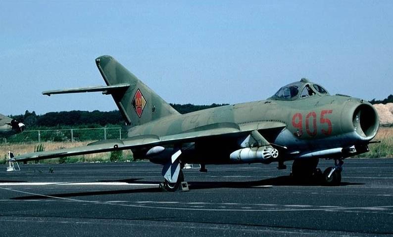 МиГ-17 с вооружением