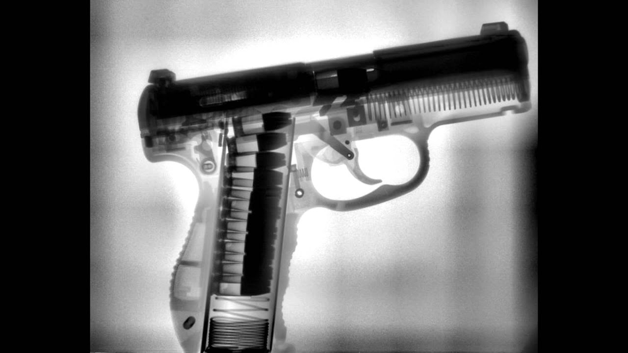 Пистолет под рентгеном