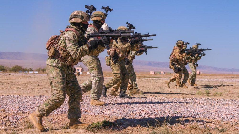 Российский спецназ с MP5