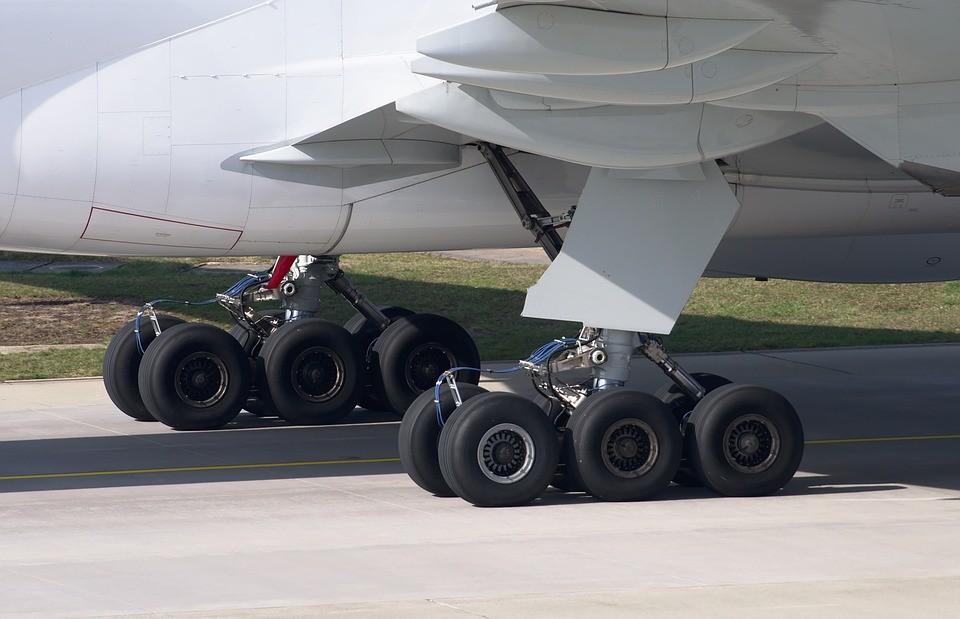 Шасси Boeing 777