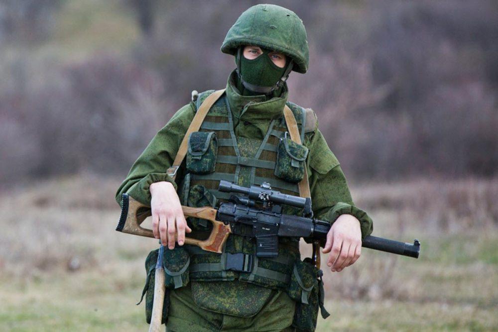 Солдат с ВСС «Винторез»