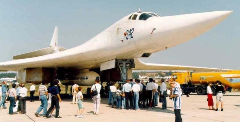 Ту-160 с комплексом «Бурлак»