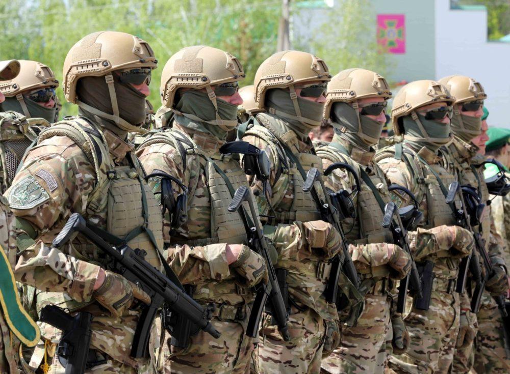 Украинские пограничники с MP5