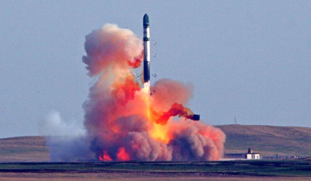 Запуск баллистической ракеты