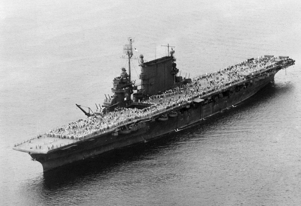 Авианосец USS Saratoga