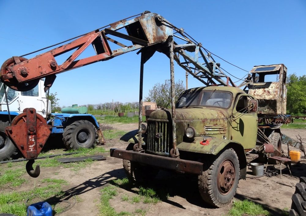 Автокран ЛАЗ-690